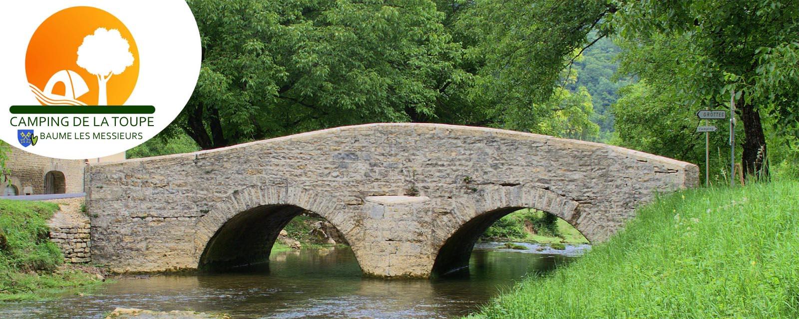 Charme et calme en bordure d'une petite rivière